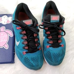 Worn Nike TR 5 Cross Trainer